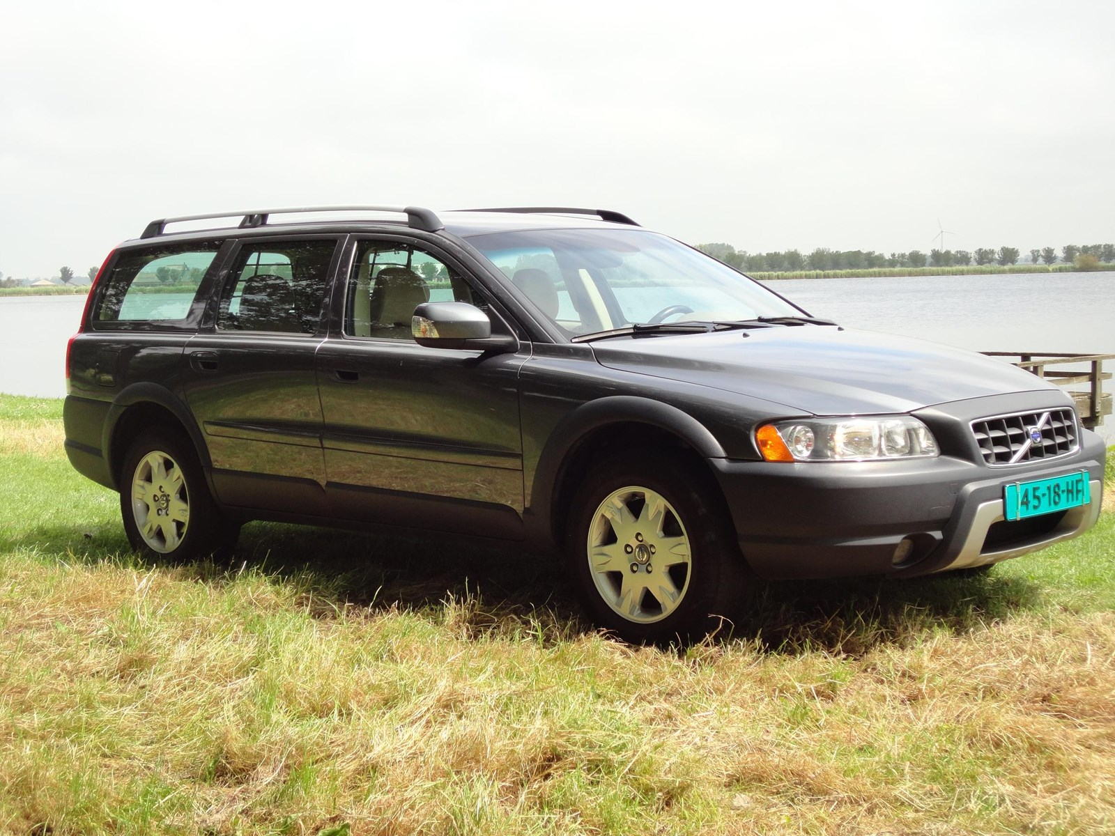 testverslag volvo xc70 d5 185 pk four c gebruikte volvo test. Black Bedroom Furniture Sets. Home Design Ideas