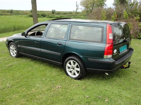 V70 2.5t automaat AWD linksachter